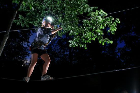 Arbraska Rawdon : At night!