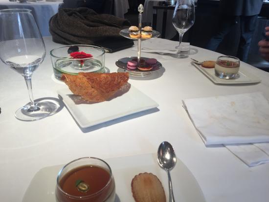 Guy Lassausaie: pré dessert