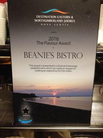 """Beanie's Bistro: 2016 """"Flavour Award"""""""