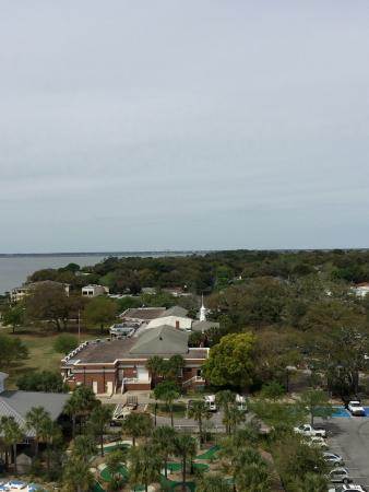 Saint Simons Island, Geórgia: View looking over the area from the top of the lighthouse
