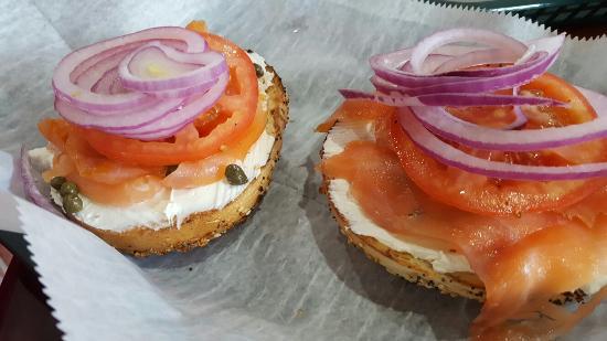 Port Saint Lucie, FL: Bagel w fresh salmon, cream chs, tomato and onions; #4 eggs over medium
