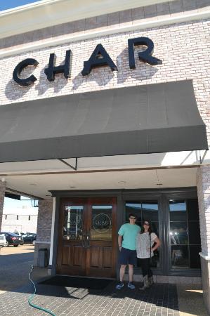 แจ็คสัน, มิซซิสซิปปี้: outside of the Char Restaurant