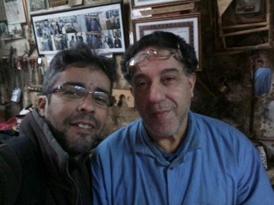 Alger, Argelia: une icone a la casbah , c'est le menuisier du cartier et c'est aussi un excellent guide historiq