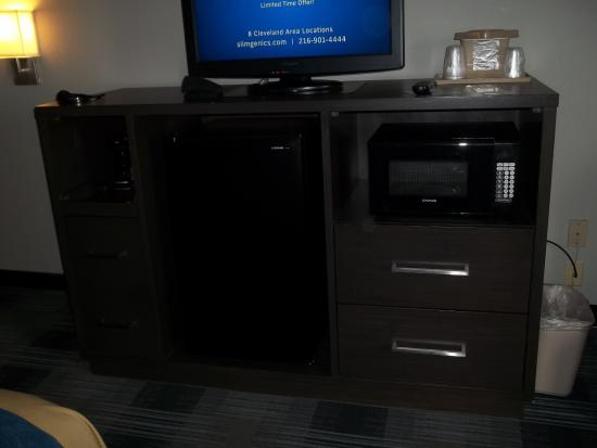 Comfort Inn Cleveland Airport Photo