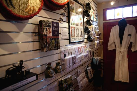 Hancock Inn: The gift shop features items from many local artists