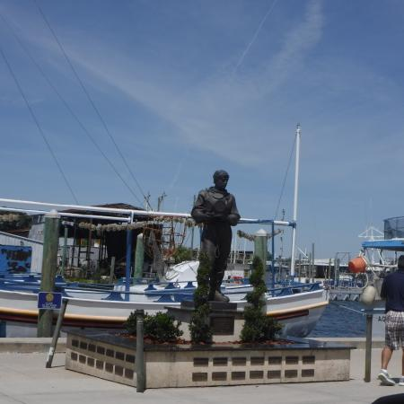 hard hat statue picture of tarpon springs sponge docks tarpon rh tripadvisor co nz