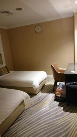 Ambassador Transit Hotel Terminal 2: IMG-20160423-WA0002_large.jpg
