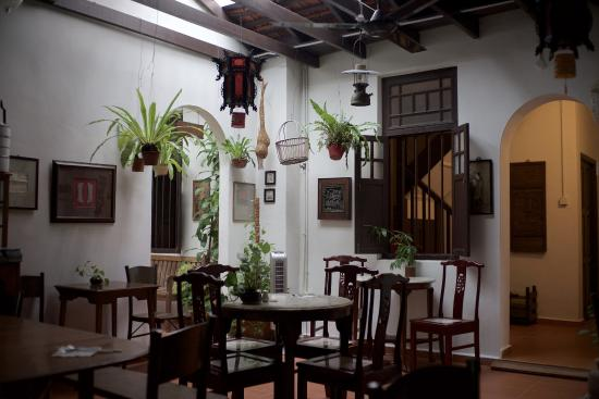 Cyclamen Cottage : Dining area