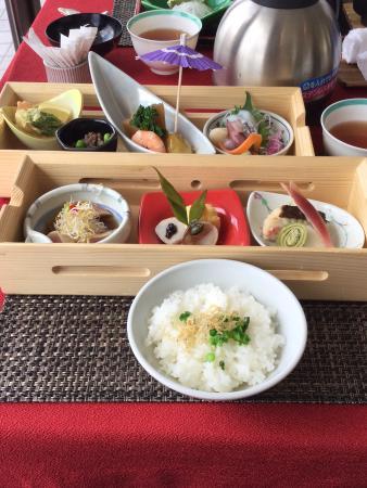 Minokamo, اليابان: ランチ あかね膳