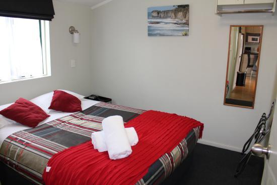 Fern Motel : Master bedroom