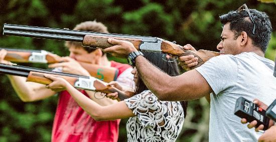 เกาะไวเฮเก, นิวซีแลนด์: Laser Claybird Shooting