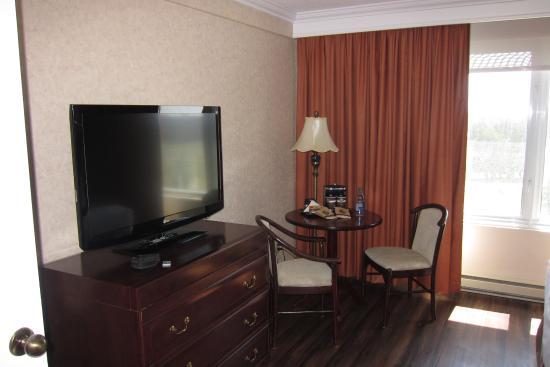 DoubleTree by Hilton Hotel Gatineau-Ottawa: Bedroom