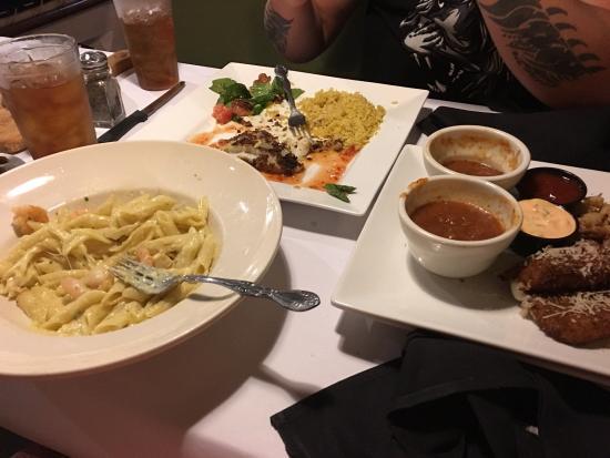 Nokomis, فلوريدا: Sea bass and pasta and shrimp