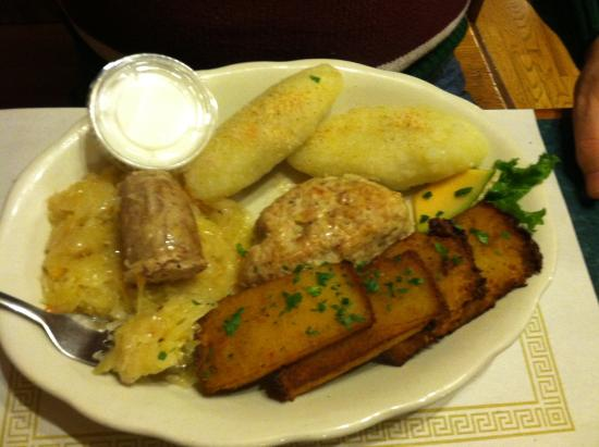Lithuanian food picture of old town restaurant lemont tripadvisor old town restaurant lithuanian food forumfinder Images