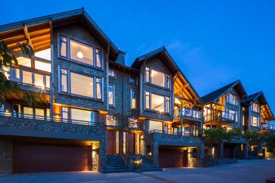 Commonage Villas: Grand Promenade Villas
