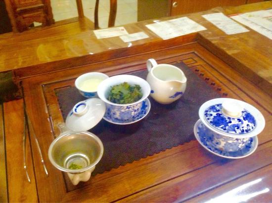 Huang Chen Hao Tea Art Imp & Exp Sdn Bhd