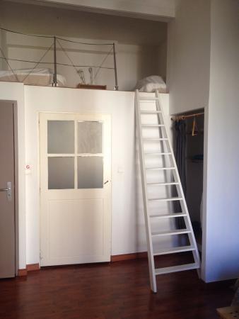 Le Rayon Vert : Есть второй этаж, где могут спать дети