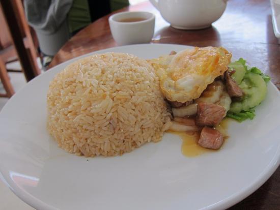 Battambang Town Restaurant: Beef with rice