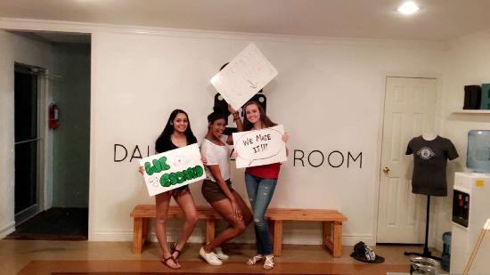 Ирвинг, Техас: We escaped the abandoned room!
