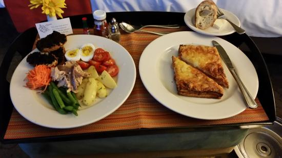 Inn at the Market: room service - salade nicoise and croque monsieur