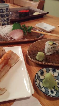 Toshi Japanese Restaurant: 20160422_212029_large.jpg