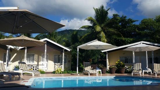 Hotel La Roussette: Accoglienza e Comfort