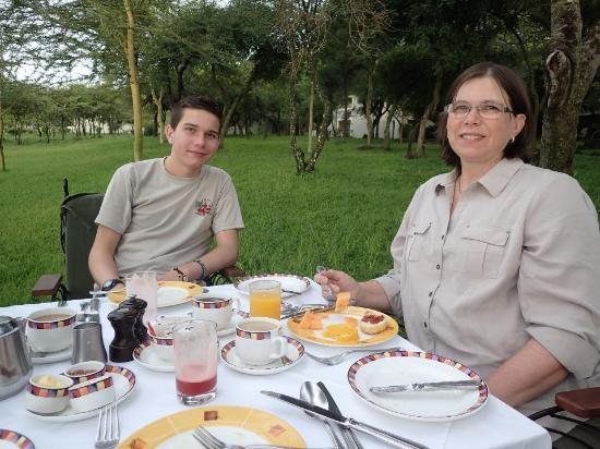 Lake Manyara National Park, Tanzania: A special outdoor breakfast, being the low season the staff wanted to do something special.