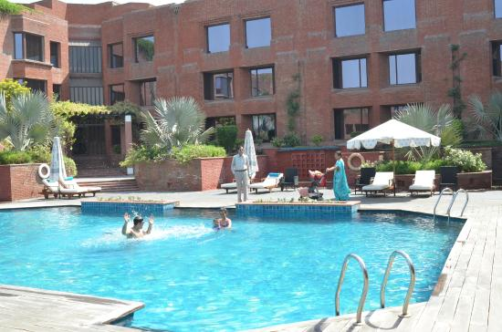 ITC Mughal, Agra: Nothing really except one minor detail - the pool was a trifle cold for my kids when compared to
