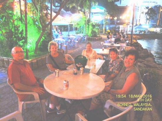 Harbour Garden Cafe: My group enjoying a drink before our meal.