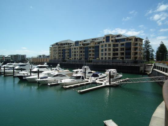Glenelg, Australia: Marina