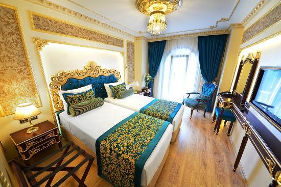 골든 타하 호텔