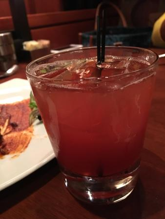 Seasons 52: An enjoyable lunch in a chic atmosphere post chic shopping