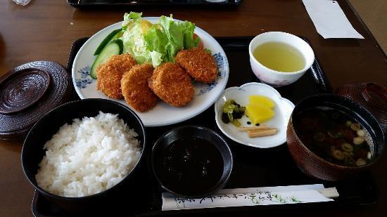 Riverside Senbonmatsubara