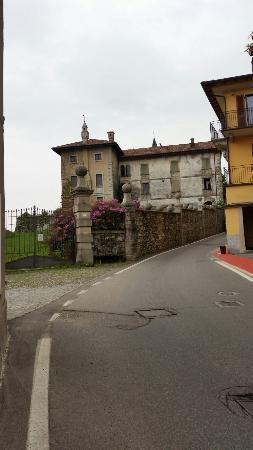 63c949bb6184c Castello Visconteo (Massino Visconti)  AGGIORNATO 2019 - tutto ...