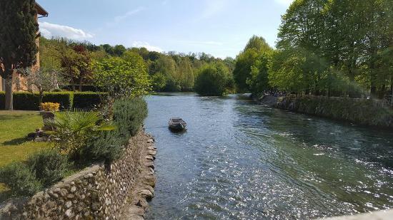 Il fiume mincio foto di borghetto sul mincio valeggio sul mincio tripadvisor - Il giardino sul fiume ...