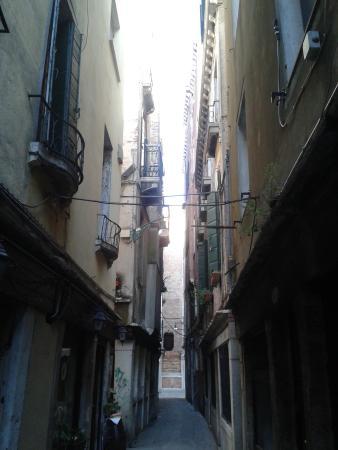 Hotel Bernardi Semenzato: The street where the hotel is located
