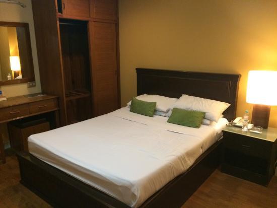 Bangkok Inter Place Hotel: photo2.jpg