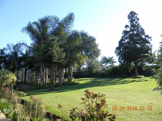 Piet Retief, Южная Африка: Garden