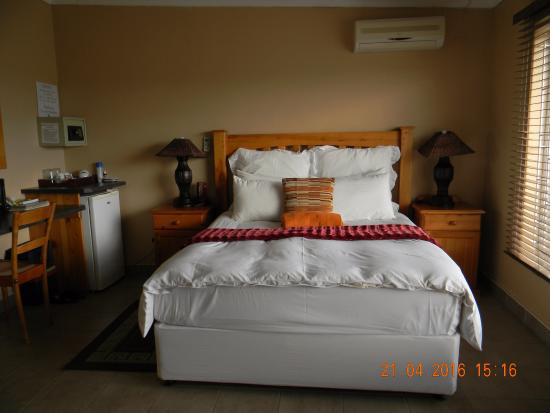 Piet Retief, Южная Африка: Comfortable and clean room