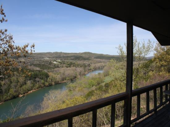Arkansas White River Cabins: Cliffside Cabin 3 views