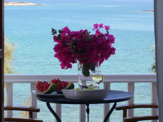 Roussos Beach Hotel: View from the balcony