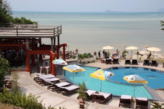 Laem Set, Tailandia: Pool und Restaurant