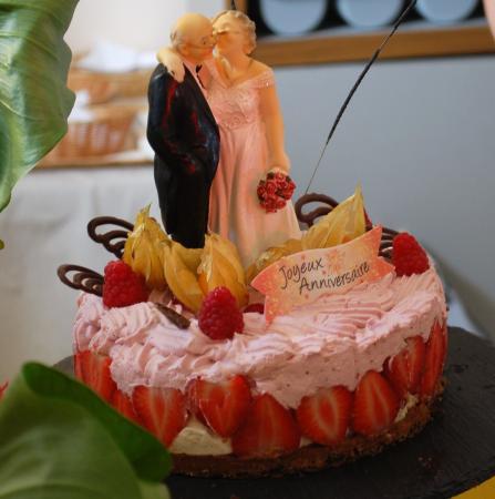 Saone-et-Loire, Fransa: gateau anniversaire
