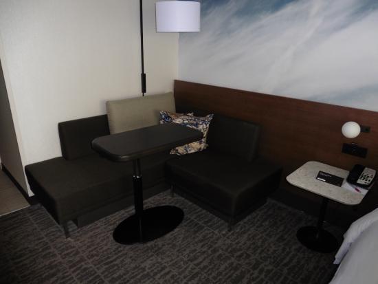 sofa corner picture of newark liberty international airport rh tripadvisor com