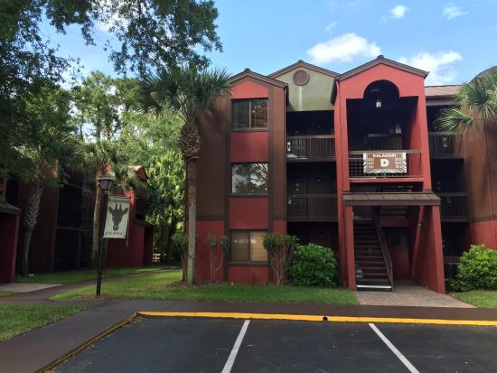 Parkway International Resort: Outside the room