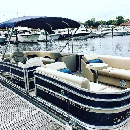Myrtle Beach Pontoon Boat Sales