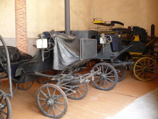 Centrum, Frankrijk: les vieilles voitures