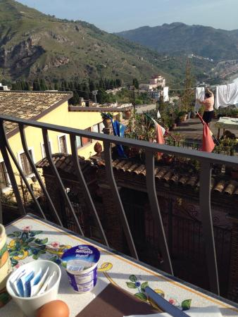 Hotel La Pensione Svizzera : Uitzicht vanaf ontbijttafel