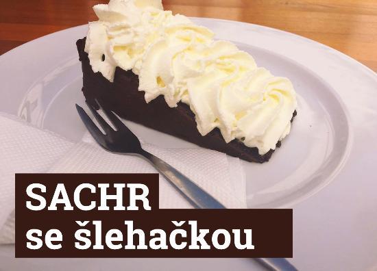 Restaurace Pasaz Velvet: Sachr dort se šlehačkou