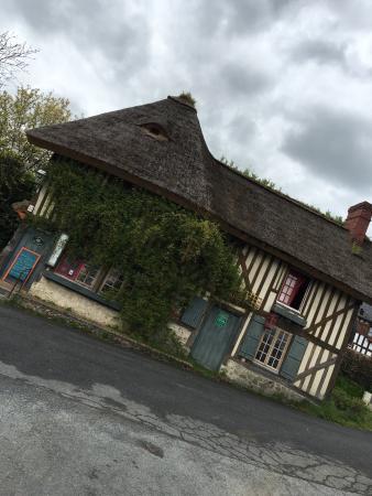Pierrefitte-en-Auge, Γαλλία: Auberge des deux Tonneaux